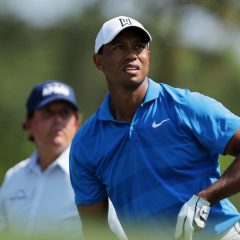 Superflight? Trio Woods, Mickelson a Fowler topilo míčky